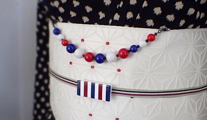 ビビットストライプの帯留め 着物コーディネート