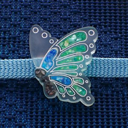 揚羽の帯留 螺鈿風緑