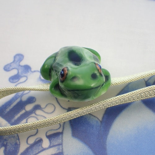 立体カエルさん帯留め 織部グリーン 画像2