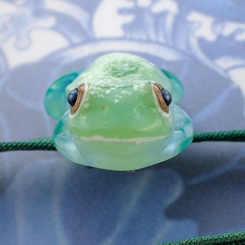 立体カエルさん帯留め ガラスガエルカラー 画像2
