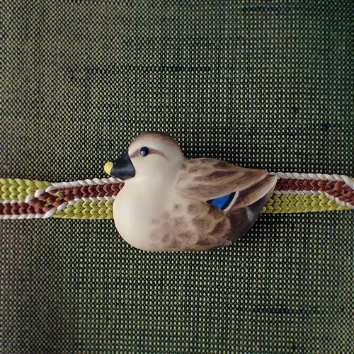 鴨の帯留め手彩色 カルガモ