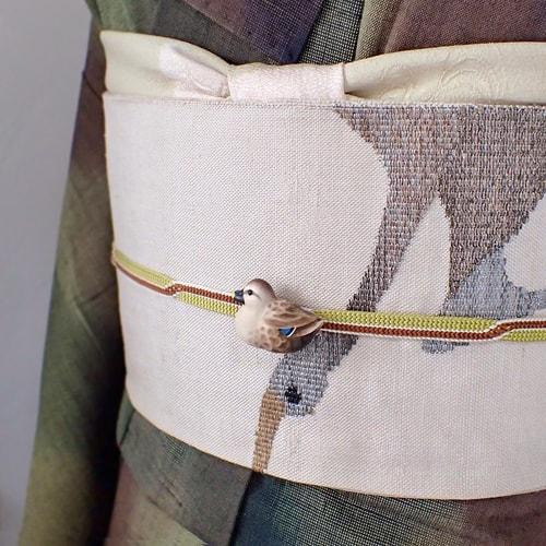 鴨の帯留め手彩色カルガモ着物