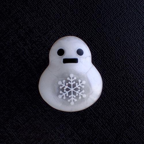 雪だるまの帯留め 雪の結晶柄マーブル
