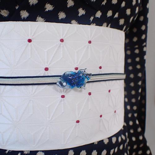 ラインストーン金魚帯留め 青 着物コーディネート