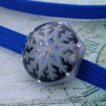 アイスブルーの結晶帯留(六角 黒)雪の結晶