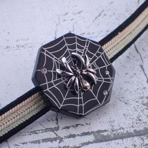 蜘蛛の帯留