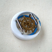 マリンな帯留 白×青 裏面