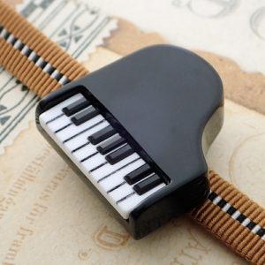ピアノ帯留