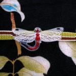 蜻蛉の帯留 赤 正面