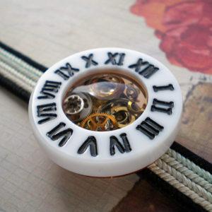 時計の帯留 白×黒