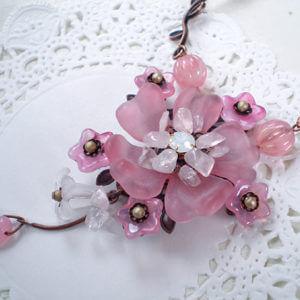 ヴィンテージ風桜ネックレス