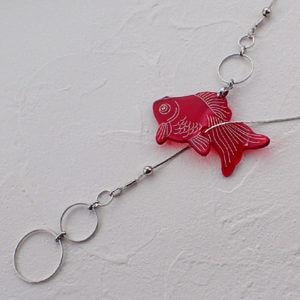 クリアカラーY字ネックレス 金魚1 赤金魚