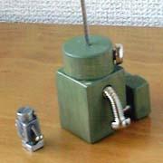 ロボロボ・カードスタンド【グリーン】ロボットのカードスタンド 背面