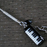 ピアノの根付
