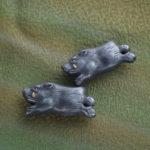 猪の帯留め アンティーク風2個画像