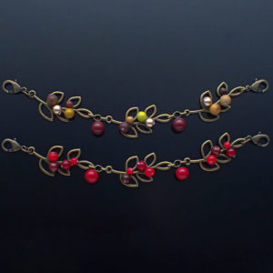 南天の実羽織紐