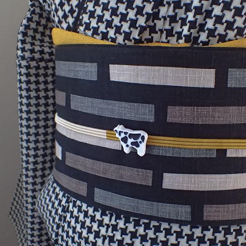 乳牛の帯留め 着画