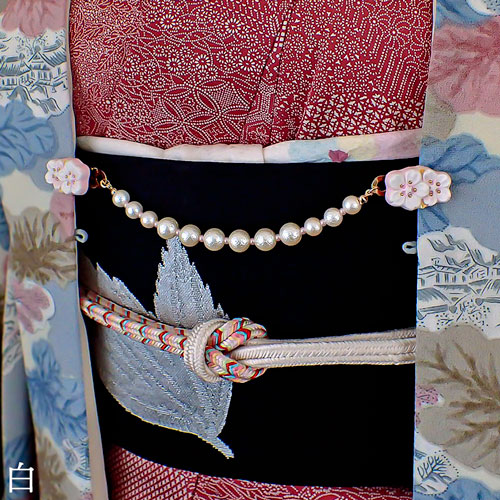 枝桜の羽織クリップ薄紅白 着画